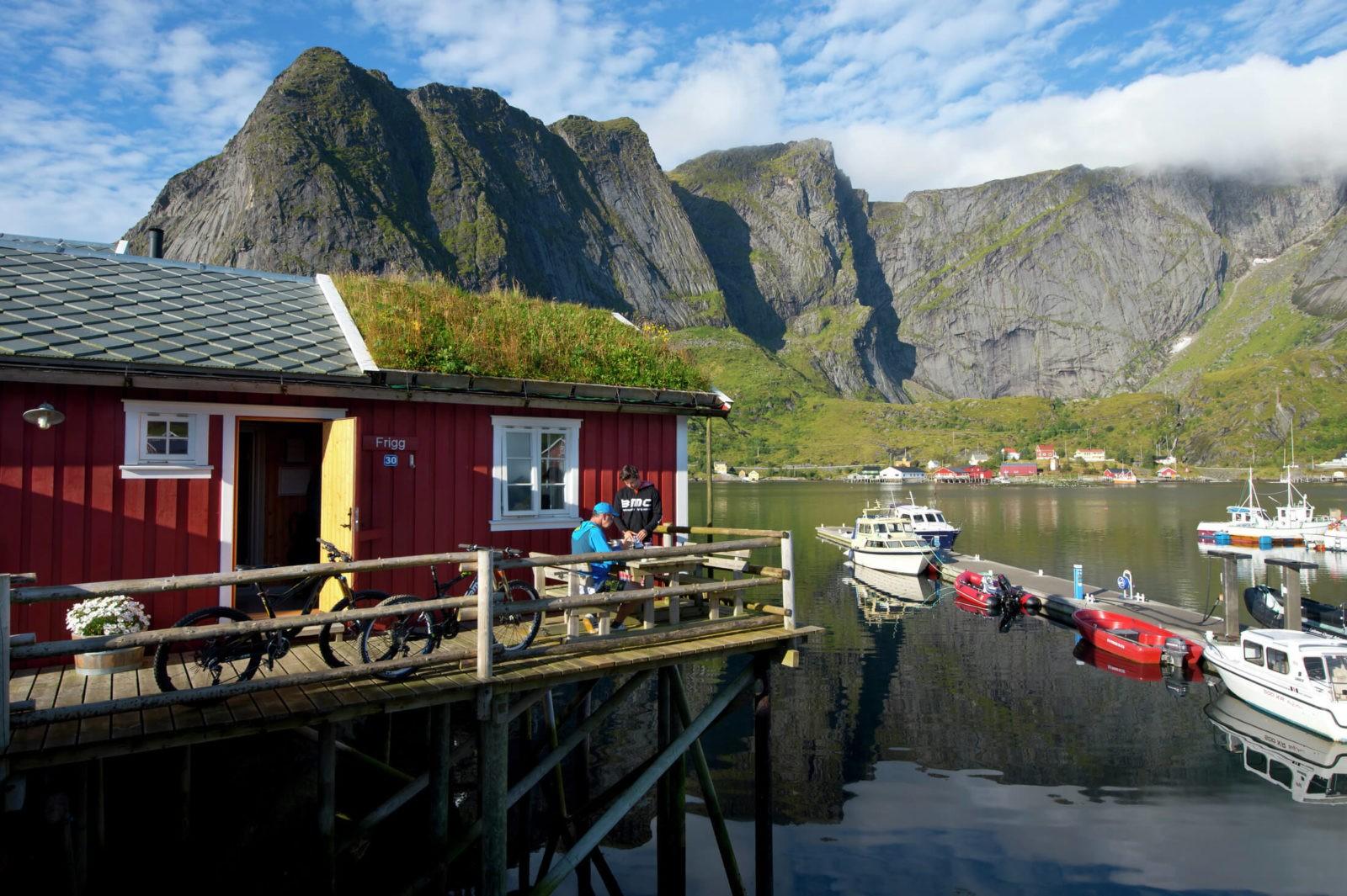 Kleine vissersdorpjes in Noord Noorwegen (Foto: ManfredStromberg.com - visitnorway.com)